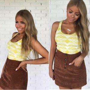 NEW Sleeveless knit crop top shirt geometric neon